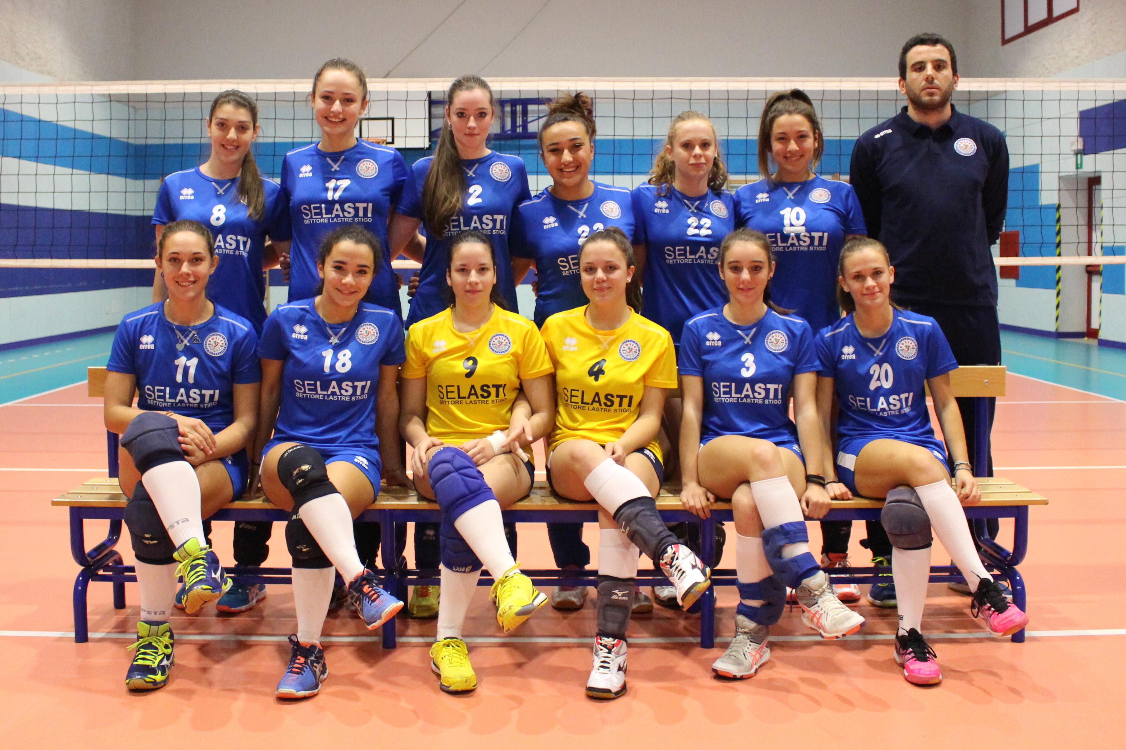 Pallavolo Femminile Bagno A Ripoli : Che bel blu nella prima playoff ko borgo pescia e pieve